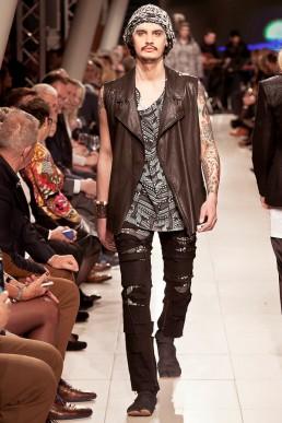 outfit designed by janboelo dutch designer