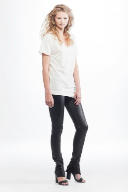 black leather trousers white top JANBOELO