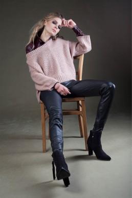 pink sweater by JANBOELO custom made
