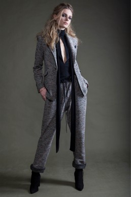 Suit by JANBOELO who makes custom made garments