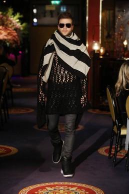 JanBoelo show in collaboration with Bolon Eyewear knitwear black